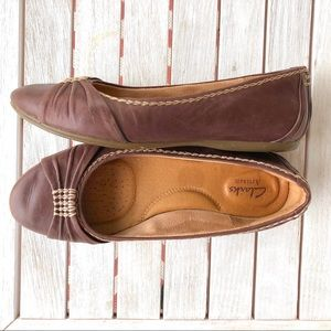 Clarks Leather Flats Size 7